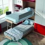 Dormitorios Modulares en blanco y rojo con camas abiertas y escritorio