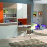 Dormitorios Modulares en blanco y naranja con cama cerrada y escritorio
