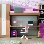 Dormitorios Modulares en madera y magenta con cama y escritorio