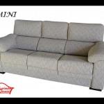 Sofás fondo de 80 y 3 asientos extraíbles y respaldos reclinables. 750 euros